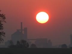 Sonnenuntergang Zuckerfabrik Clauen